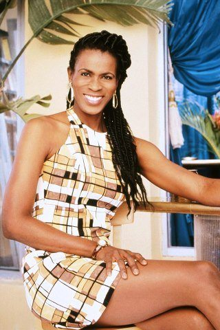 Janet Hubert height and weight