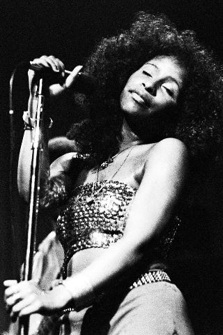 Chaka Khan height and weight