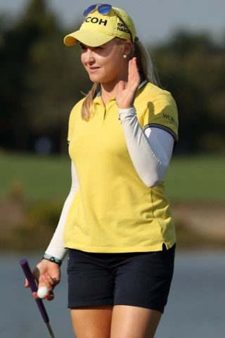 Charley Hull Height – Weight