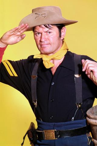 Larry Storch height and weight