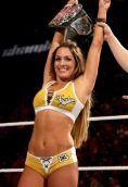 Nikki Bella (wrestler) height and weight