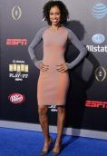 Sage Steele height and weight