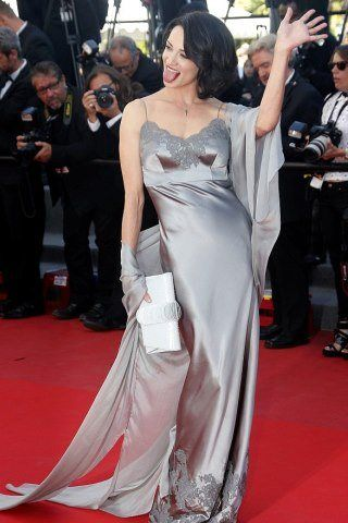 Asia Argento height and weight