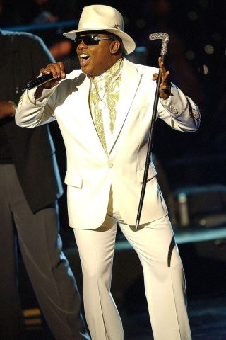 Ronald Isley Height - Weight
