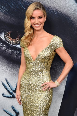 Annabelle Wallis height and weight
