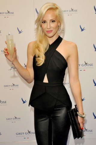 Louise Linton height and weight