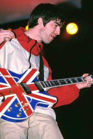Noel Gallagher Height, Weight