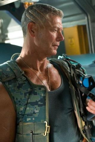 Stephen Lang height and weight