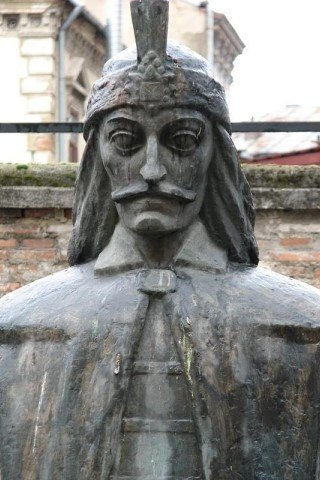 Vlad the Impaler height and weight