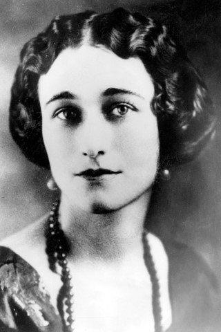 Discover Wallis Simpson Height