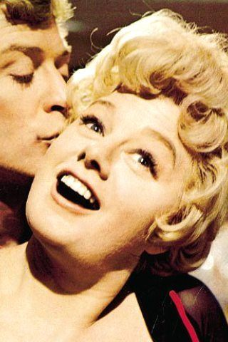 Shelley Winters Height, Weight